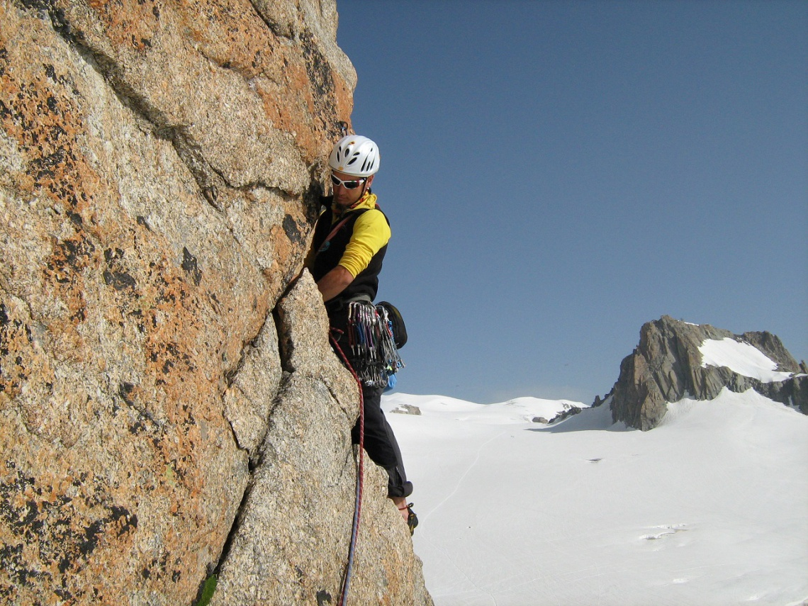 Climbing on the Monte Bianco - Guide Alpine Torino 7ad91425f636